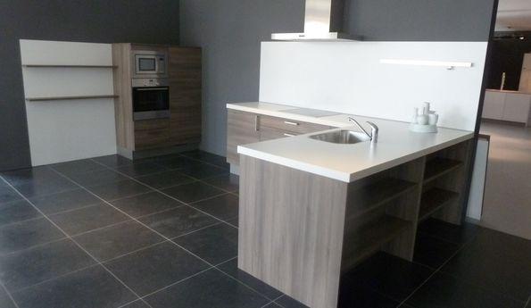 Showroomkeuken Acaciagrauw CVT keukens Tilburg