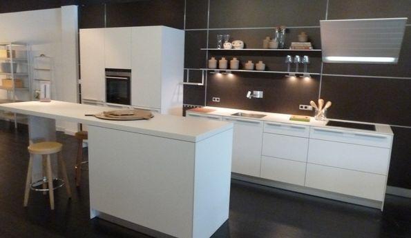 Showroomkeuken Greige CVT keukens Breda
